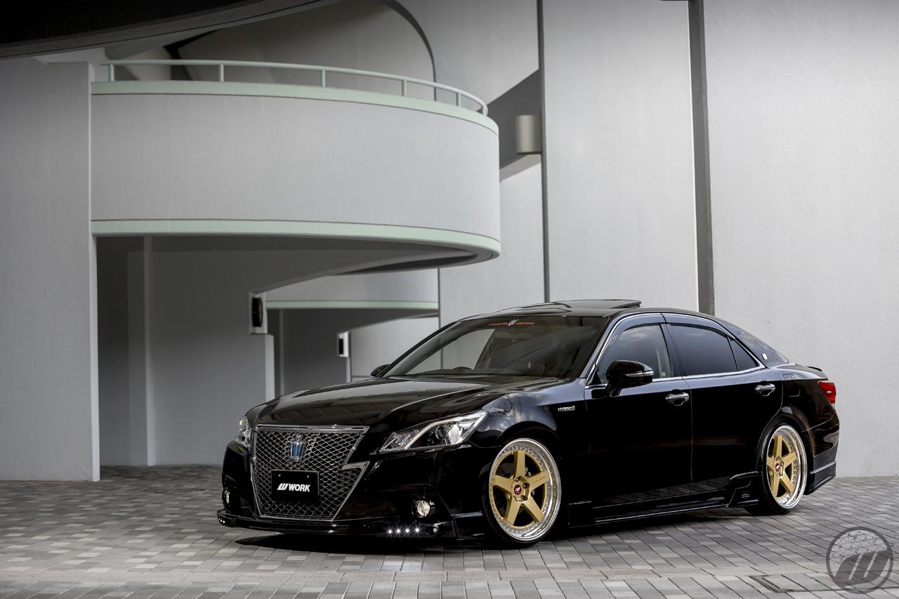 Toyota Dealer Near Me >> VLENE Toyota Crown on WORK Zistance W5S in Gold (G) Finish ...